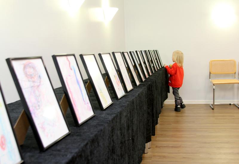Ensimmäinen Taidenäyttely